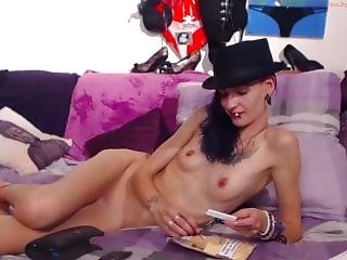 Hot Skinny Abs Girl