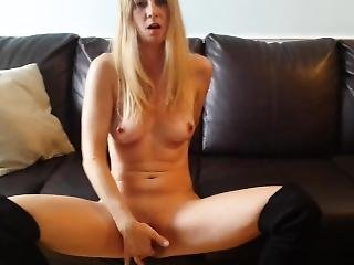Hot Milf Wants To Fuck You!