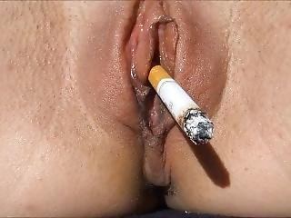 Smoking Pussy Rauchende Fotze Möse Don`t Smoke And Fuck Teen