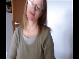 Mature Woman Webcam