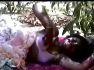 Jungle Sex For Desi Girl