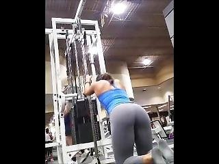 Sexy Girl In Tight Leggings At The Fitness Club Doing Sexy Exercices ! 1