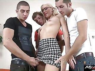 Bella Is Banged By Three Guys In Mmmf Foursome