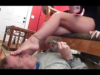 Hali Feet Smoking