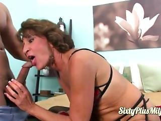 Sexy Granny Pussy Pleased