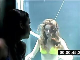Bikini Teen Underwater Breathholding