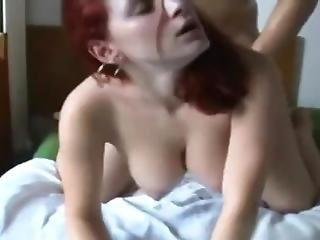 Girlfriend Makes A Hot Homemade Sextape