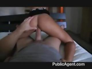 Sexy estate agent sells her snatch