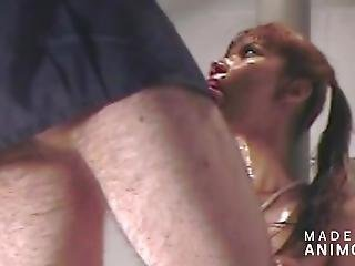 Leszbikusok dörzsölik egymást punci