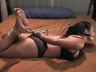 bondage, fétiche, attachée comme une truie, attachée