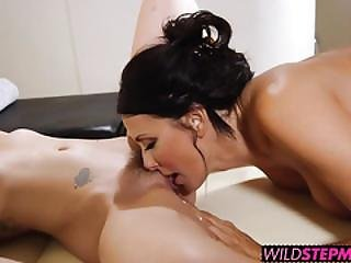 Hot And Hard Threesome Sex With Gia Paige And Reagan Foxx