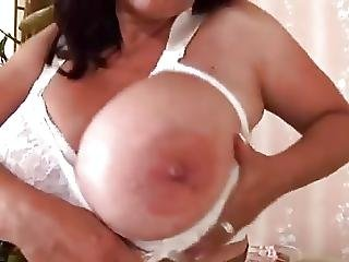 Mature Milf Huge Natural Tits K Bra