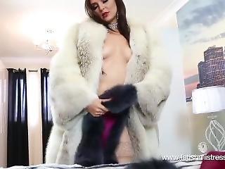 Mistress Roxee