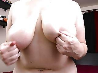Curvy Oiled Tits