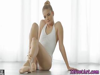 kociak, baletnica, blondynka, sperma, wytrysk, stopy, stopa, hardcore, Nastolatki