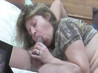 Hidden Cam Bj Unaware Milf