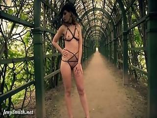 Jeny Smith Wearing Mymokondo Strap Bondage In Old Park