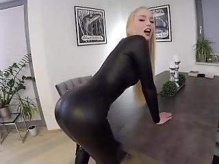 Teen in latex free porno #10