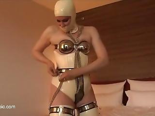 Chastity T1