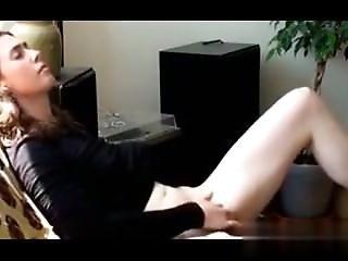 I Found Her On W1ld4u.com - Jewish Girl Masturbating Till She Has An
