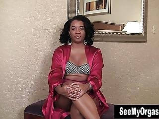 Amateur, Black, ébène, Interview, Masturbation, Doucement