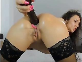 Horny Girl With Vibrator Inside Her Wet Pussy Masturbating On Webcam