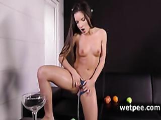 Anita Berlusconi Tastes Her Warm Hot Piss