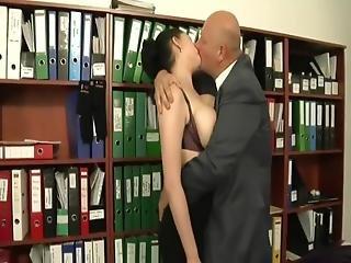 Shione Cooper Fucks Her Boss