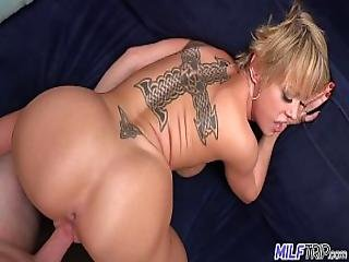 Thick And Sexy Blonde Milf Dee Williams - Part 2