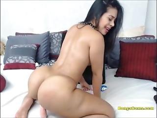 Cute Big Ass Girl Twerks On A Dildo