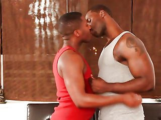 Top Ebon Hunk Plowing Bottoms Constricted Wazoo