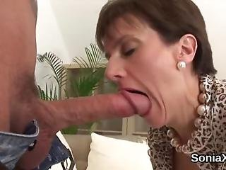 Unfaithful English Mature Lady Sonia Displays Her Massive Knockers
