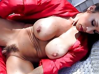 Cougar Big Clit