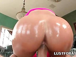 Oily Blonde Gets Peachy Muff Nailed Deep