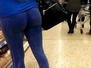 Sexy Bubble Butt In Tight Blue Leggings