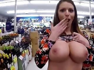 Public Nude (12)