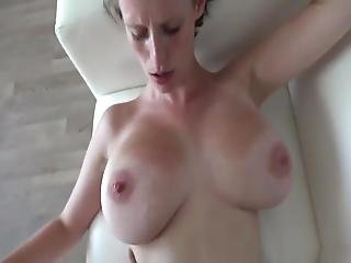 Hot Babe With Big Saggy Tits First Time Casting