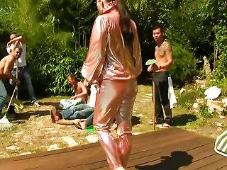 Glamour Cfnm Chick Bukkaked Outdoors