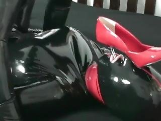 Full In Black Rubber Catsuit And Mask Latex Sex High Heel And Pissing Face