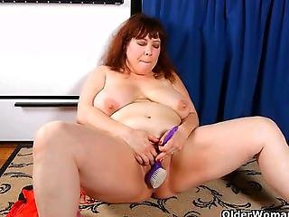Bbw, Chubby, Chubby Mom, House, Housewife, Mature, Milf, Mom, Mother, Nylon, Panties, Pantyhose, Pussy, Soccer, Wife