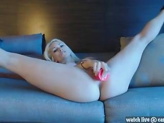 Sexy Seeping And Squirting