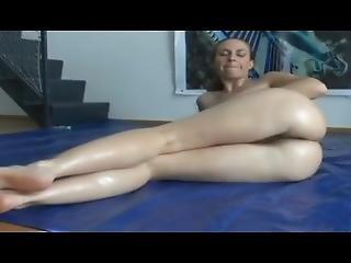 Beautiful Erin Eden Oil Massage Rubdown