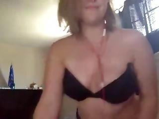 Cute Girl Showing Off Her Ass