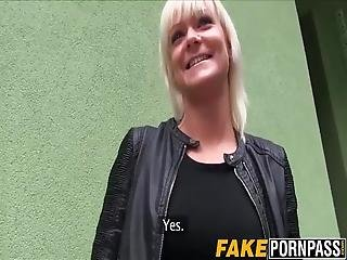 Blonde Chick Gets Her Pussy Slammed