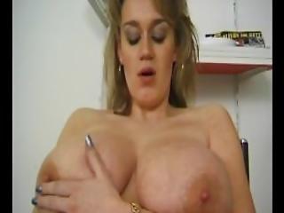 блондинка, минет, бомба, грудастая, дамское белье, мастурбация, выбриты, чулок