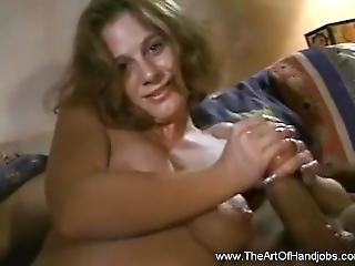 Sexxy Milf Is Giving A Handjob