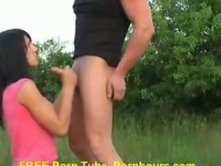 Outdoor Amateur Teen Have Sex