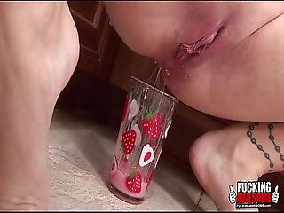Melissa Gets Her Ass Filled With Yummy Smoothie
