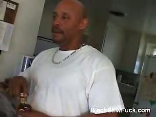 Ebony  Plumper Gives Blowjob