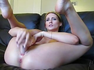 Haley Ryder - Naughty Cumshow